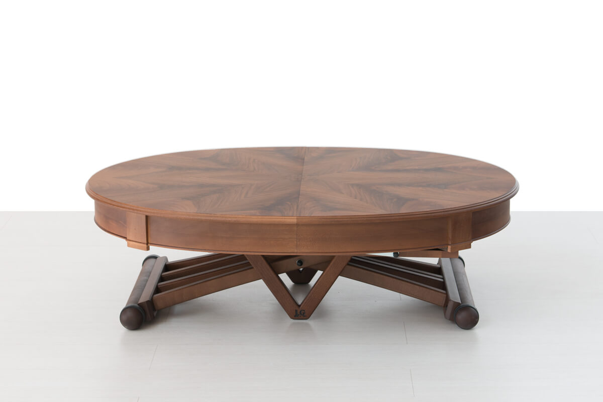 Round extendable dining table closed